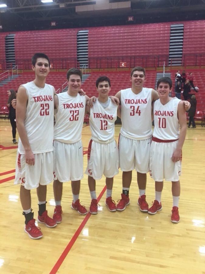 Senior+Basketball+Players+Say+Goodbye