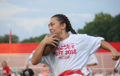 Senior/freshman Powderpuff team takes victory in annual game
