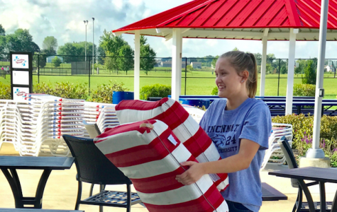 Juniors volunteer around the community during annual Day of Caring