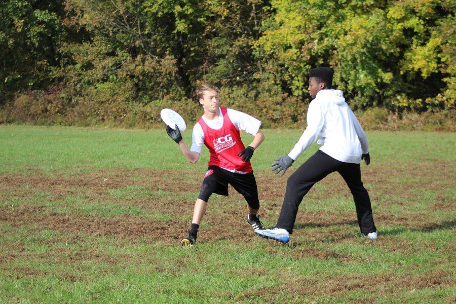 Ultimate+frisbee+team+begins+their+indoor+winter+season