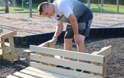 Juniors donate 2500+ hours of community service on Day of Caring