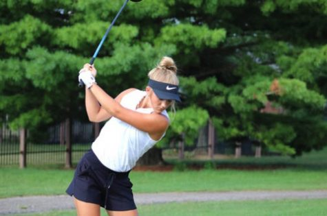 Girls Golf Looks to Win Sectionals for 6th Year in a Row