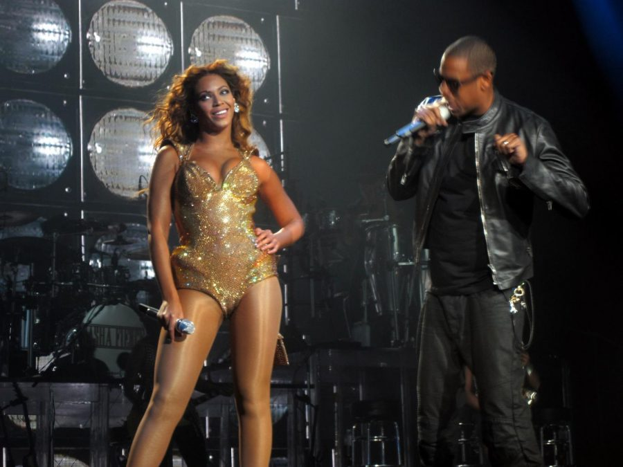 Beyonce and Jay-Z performing on the