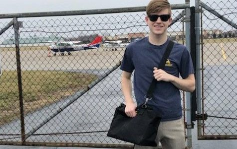 Senior takes up flight lessons to further his dream of piloting