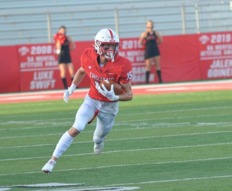 Preview: Undefeated CG, North Central face off tonight