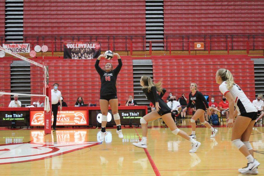 Volleyball takes on Evansville Reitz in regional semi-final