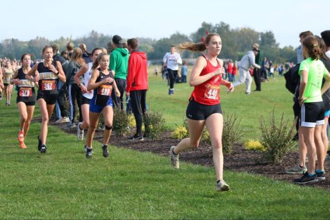 Boys cross country advances to State with second place finish, Bella Hodges advances with 11th place finish